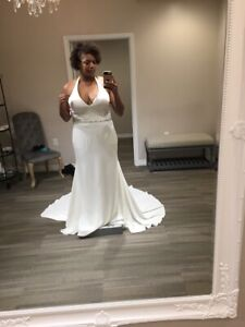 Details about New Ivory Halter Top Wedding Dress. Plus Size 18