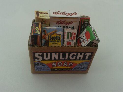 Escala 1//12 Caja de comestibles sunliight con los paquetes de comestibles Dollshouse Miniatures