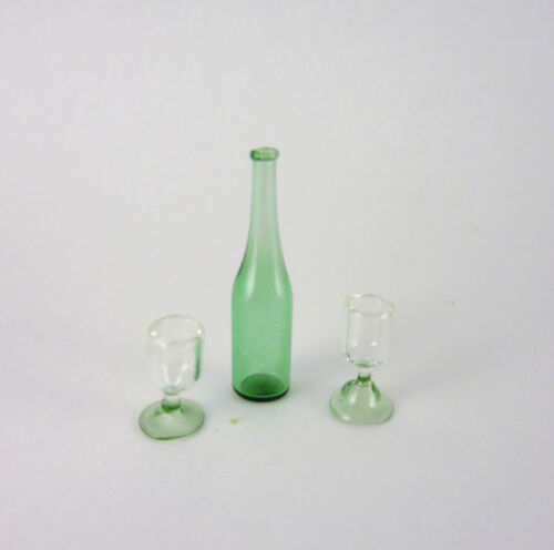 Dollhouse Miniature Green Decanter /& 2 Glasses HB515 Closeout