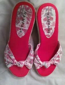 Women-039-s-shoes-by-Rampage-Sz-9M-Red-white-Geometric-Wedge-CUTE