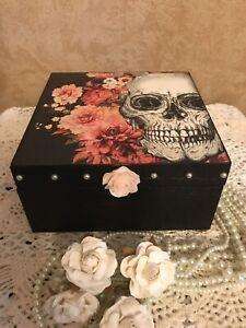 Decorated Gothic Skull /& Rose Jewellery Box