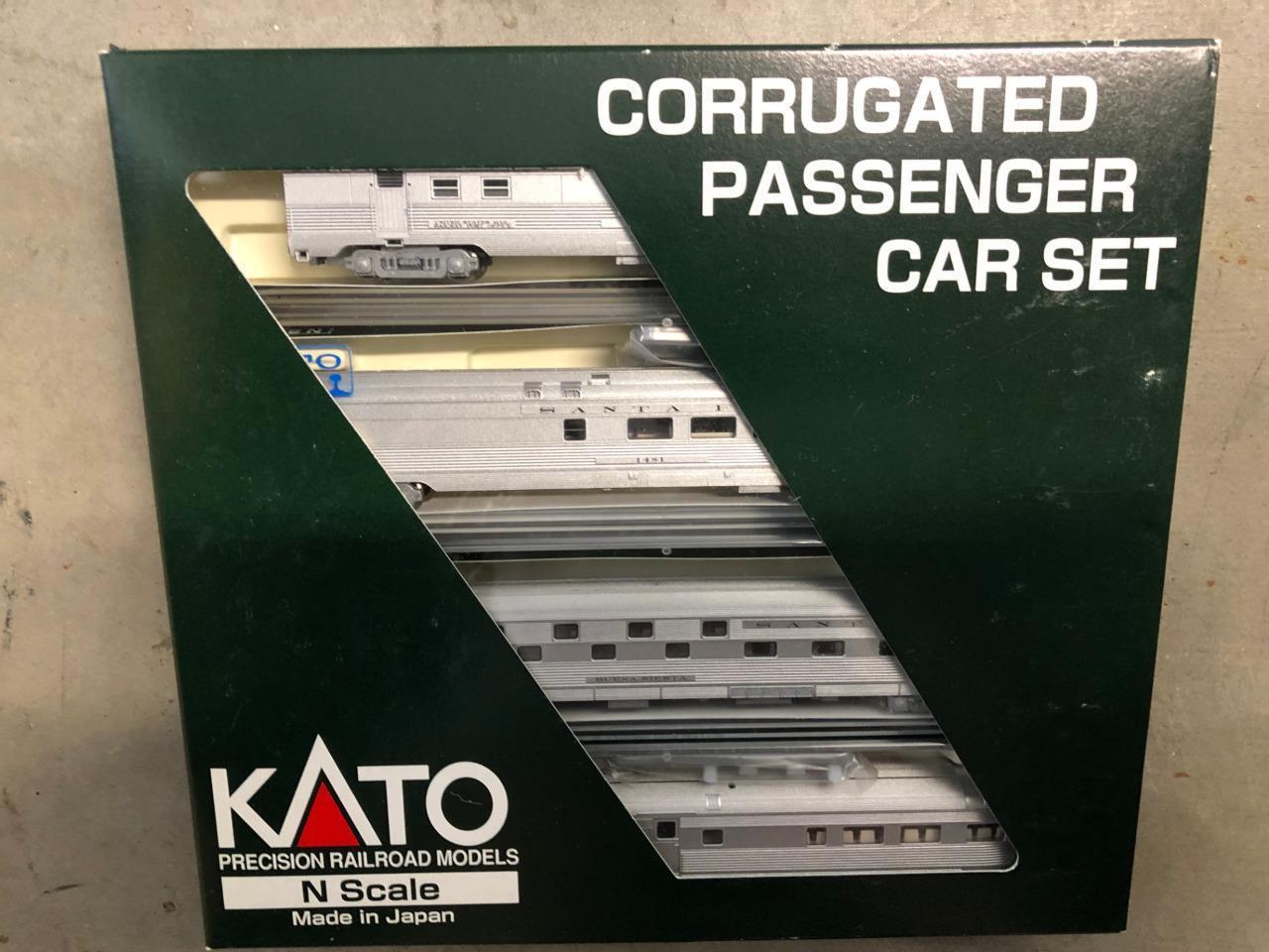 Kato N skala 106 -1502 AT &SF Korrugated Passagerar 4 Biluppsättning A, NIB