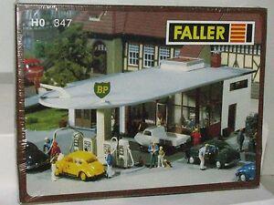Faller-HO-scale-347-BP-Fueling-Station-Kit