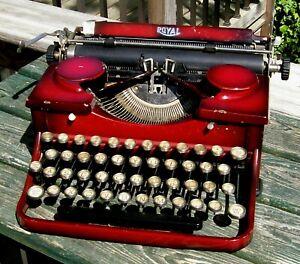 Beautiful Vintage 1930s Red  Royal Model P Portable Typewriter Glass Keys NICE!