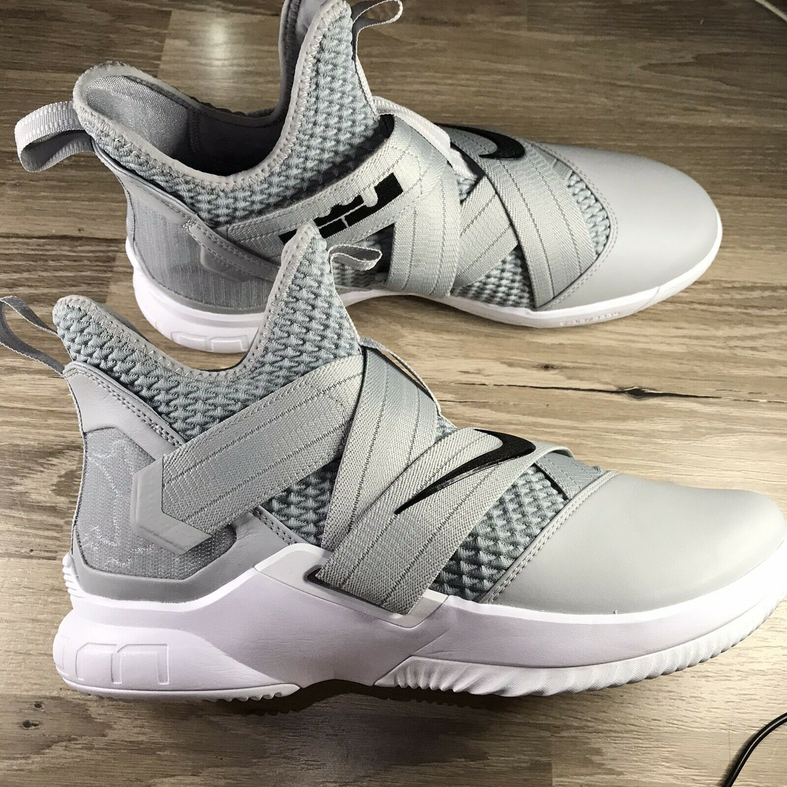 Nike Lebron Soldier XII TB Zoom Grey