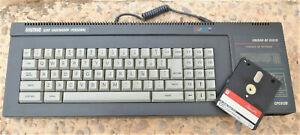 """Ordenador Amstrad CPC 6128 versión España + discos 3"""""""