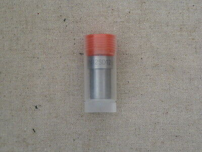 Kubota V1302 Indirect Injection Injector Nozzle DN12SD12
