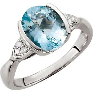 14k-White-Gold-Oval-Aquamarine-and-Diamond-Ring