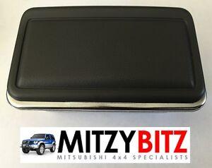 New Rear Number Plate Light Housing for Mitsubishi Pajero Shogun MK2 1991-1999