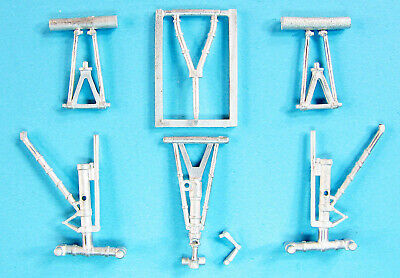 F-105 Landing Gear For 1//32nd Scale Trumpeter Model  SAC 32001A
