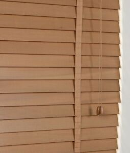 50mm-Slat-Real-Hard-Wood-Venetian-blind-165cm-wide-x-160cm-OAK-with-Tapes
