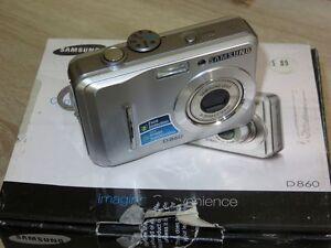 Samsung D860 8.1MP - Digital Camara - Plateado