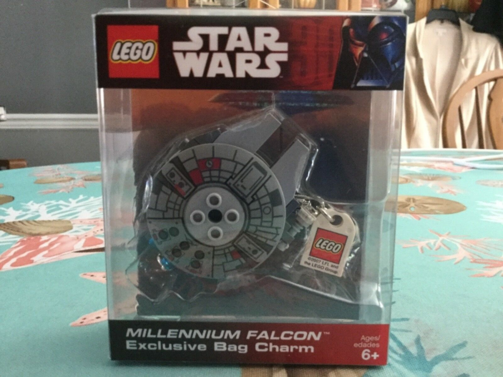 NEW FACTORY SEALED IN BOX STAR WARS MILLENNIUM FALCON BAG CHARM