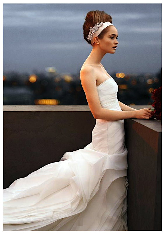 VERA WANG Wedding Dress XS/S White Model: VW351011 'Still White'