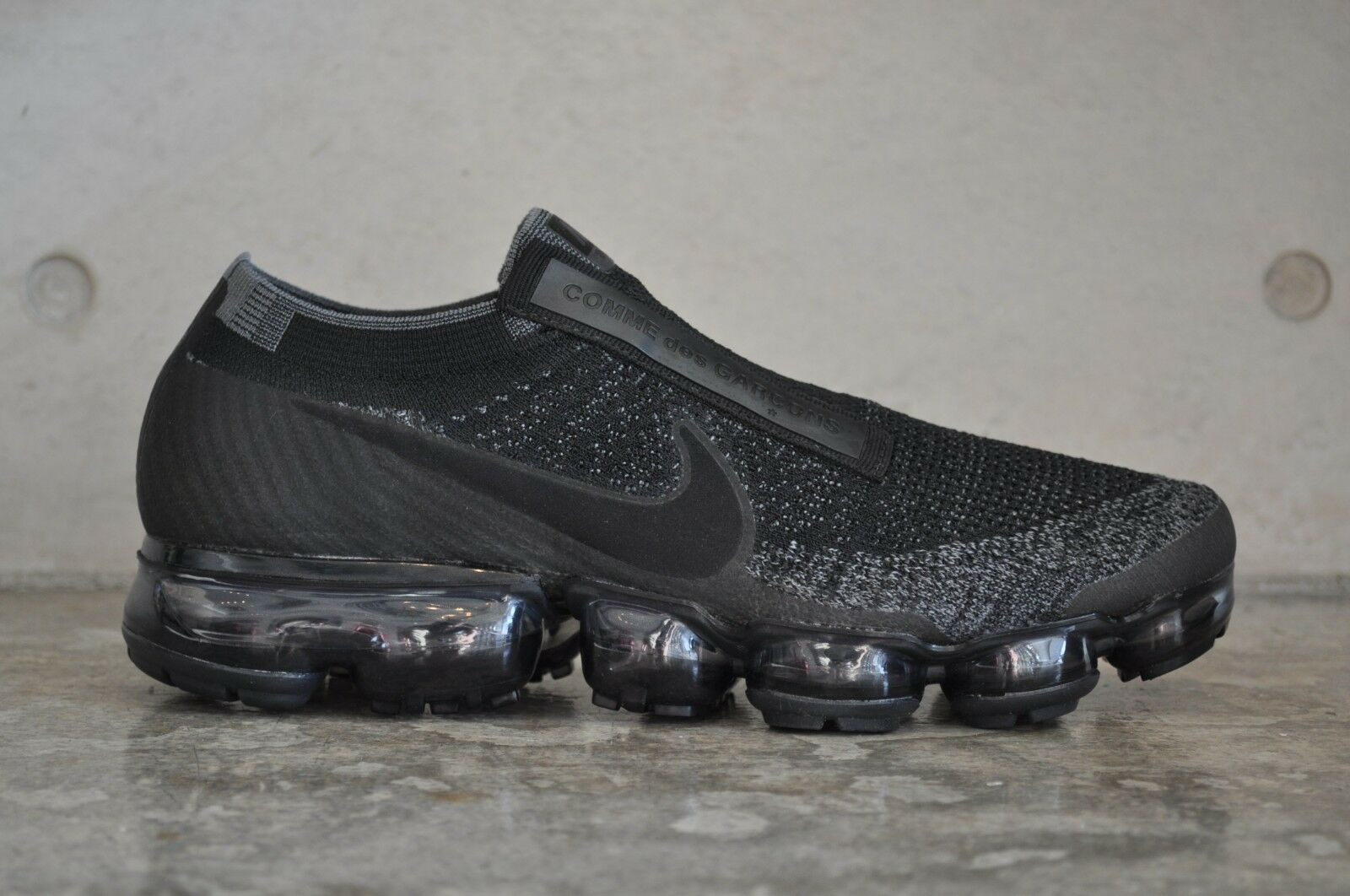 Nike Air Vapormax Flyknit CDG Comme Des Garcons - Black Dark Grey 7.5 UK