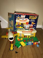 VINTAGE FISHER-PRICE LITTLE PEOPLE AIRPORT PLAYSET W/JET Near Complete