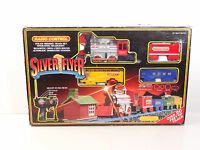 Scientific Toys Scale Silver Flyer Radio Controlled Steam Engine Set Item 3079