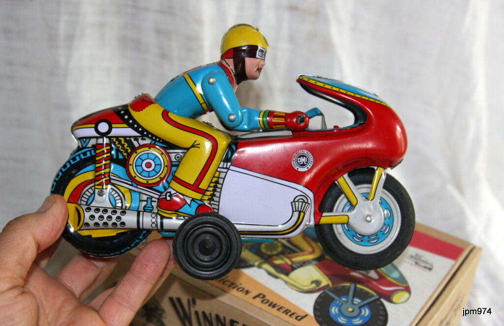 MOTOR CYCLE   FRICTION ET SONS   WINNER MOTO TIN TOY JOUET TOLE By OMI INDE 20CM
