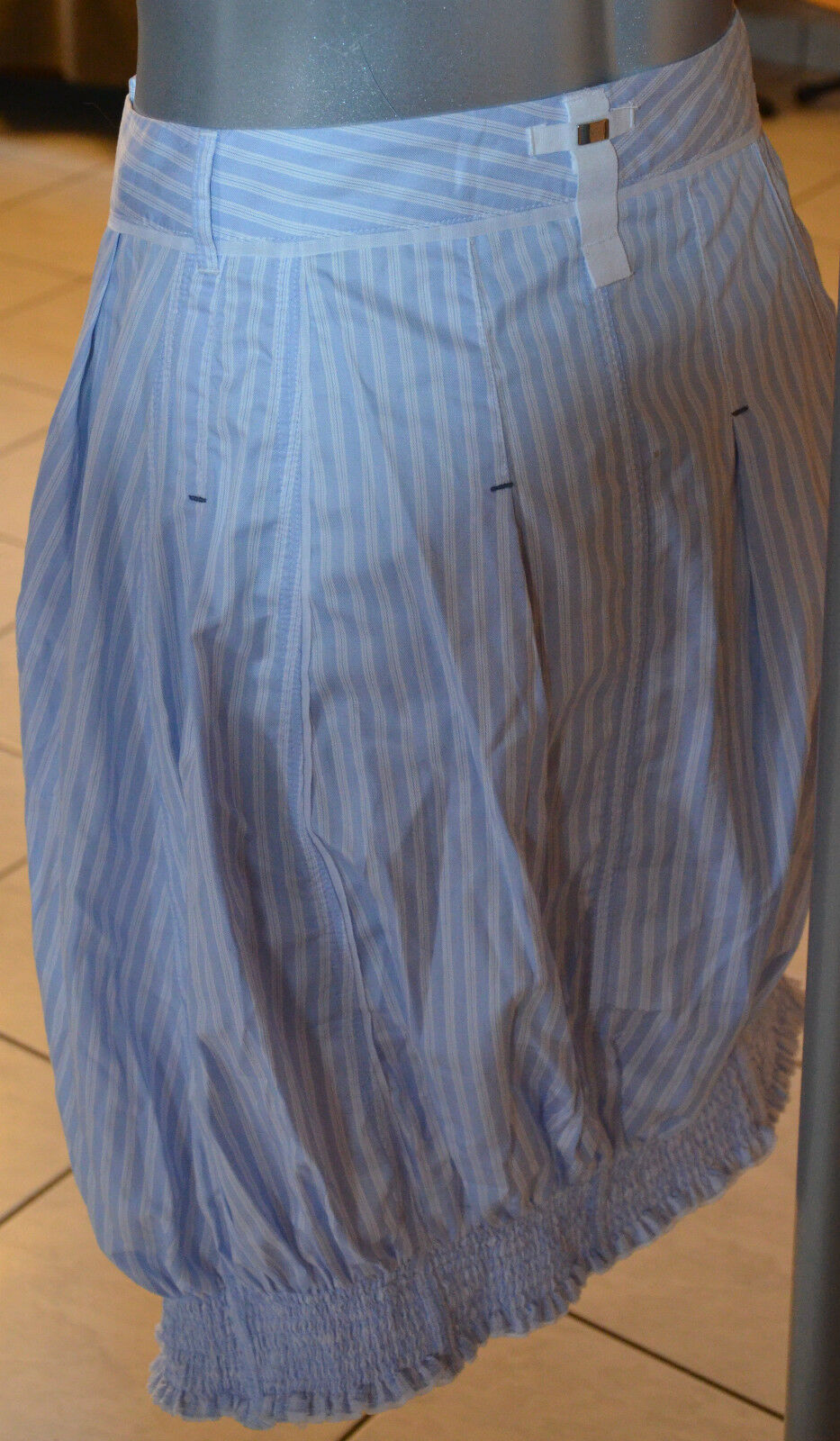 Skirt asymmetric sky bluee and white HIGH USE size 36 new LABEL