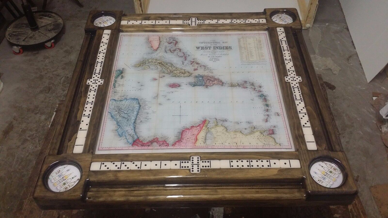 West Indies Map Domino Table by Domino Tables by  Art  Sito ufficiale