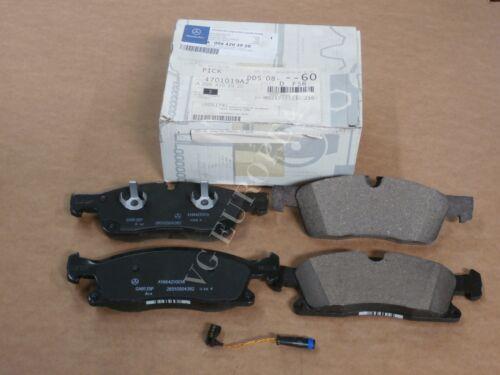 Mercedes-Benz GL GENUINE Front Brake Pad Set with SENSOR GL450 GL350 GLS450 NEW