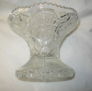 """Glass Centerpiece Fruit / Snack Bowl Footed 7"""" Diameter Free Shipping U.S.A."""