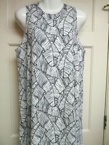 Black-White-Swing-Dress-by-Mud-Pie-Size-Medium-and-Large-NWT