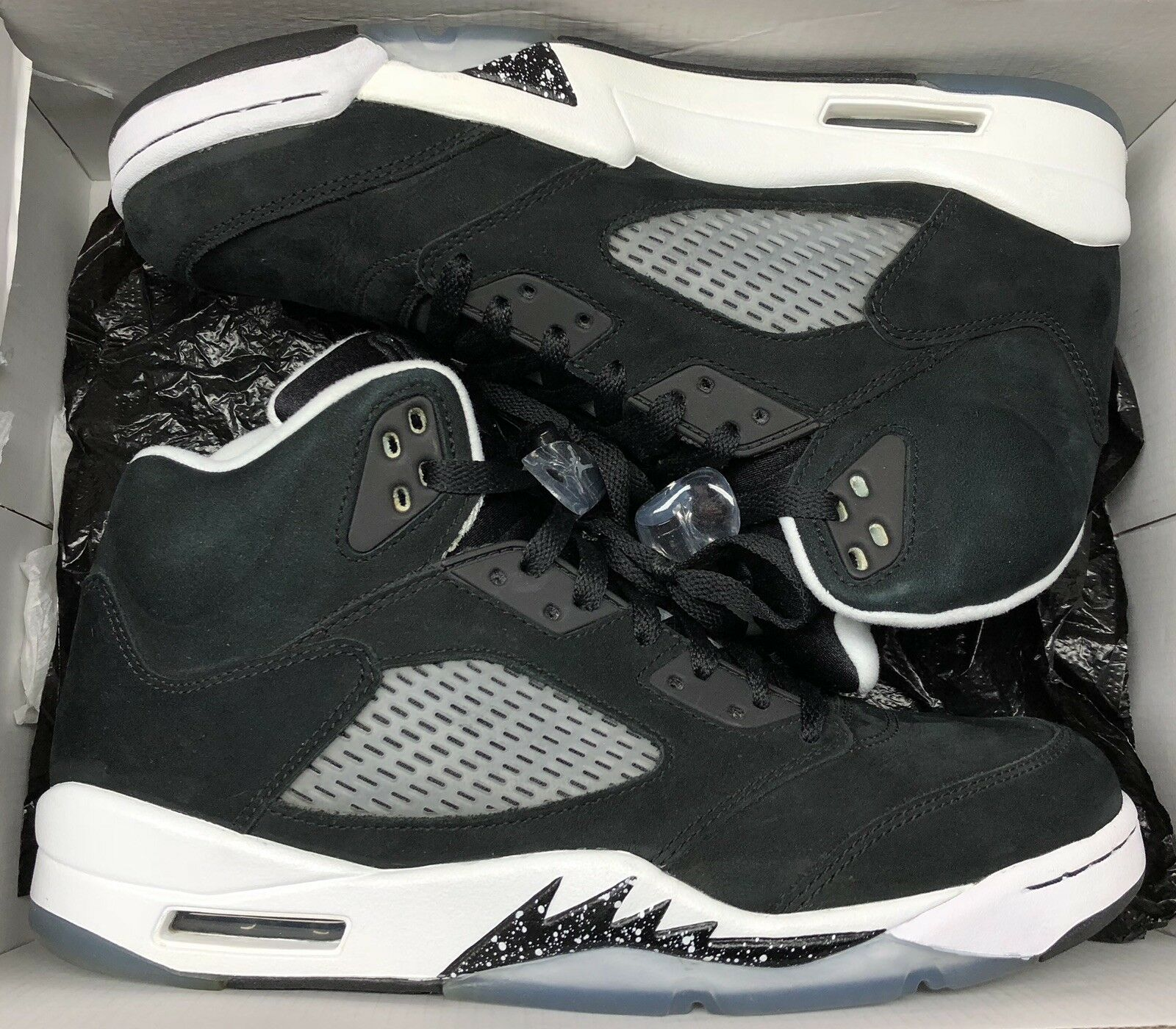Jordan Retro V 5 Oreo nero bianca grigio Metallic Grape 136027-035 Sz 10