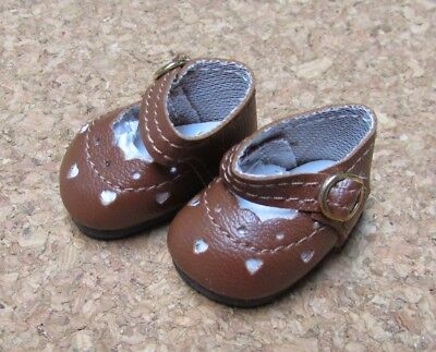 """38mm Red Heart Cut  for 11/"""" Kaye Wiggs Doll Shoes"""