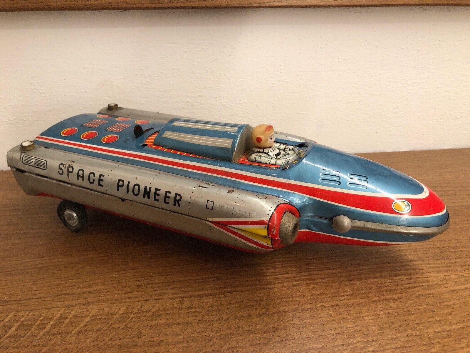 Modern Toys Japan - Space Pioneer