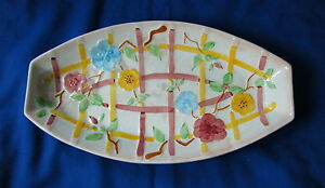 Old-Iron-Ware-Platter-Serving-Plate-Floral-amp-Checked-Design-apr-Length-12-034-FrP-amp-P