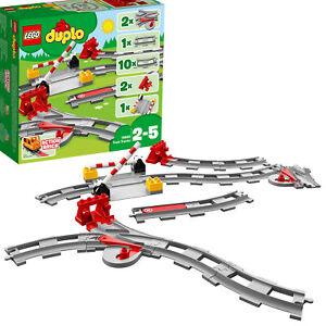 10882-LEGO-Duplo-Town-Train-Tracks-23-Pieces-Age-2