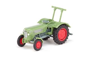 Tractor remolque agrícolas verde 1:87 Wi 879 02