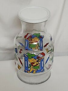 """Disney Winnie The Pooh What's Cooking Pooh Juice/Tea Carafe 9"""" Pitcher With Lid"""