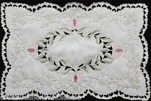 Spring-Embroidered-Floral-Cutwork-Pastel-Placemat-11x17-034-3589-Creative-Linens