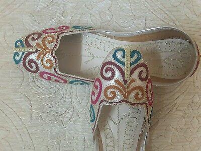 Oro señoras de cuero Indio Boda Fiesta Zapatos Talla 7