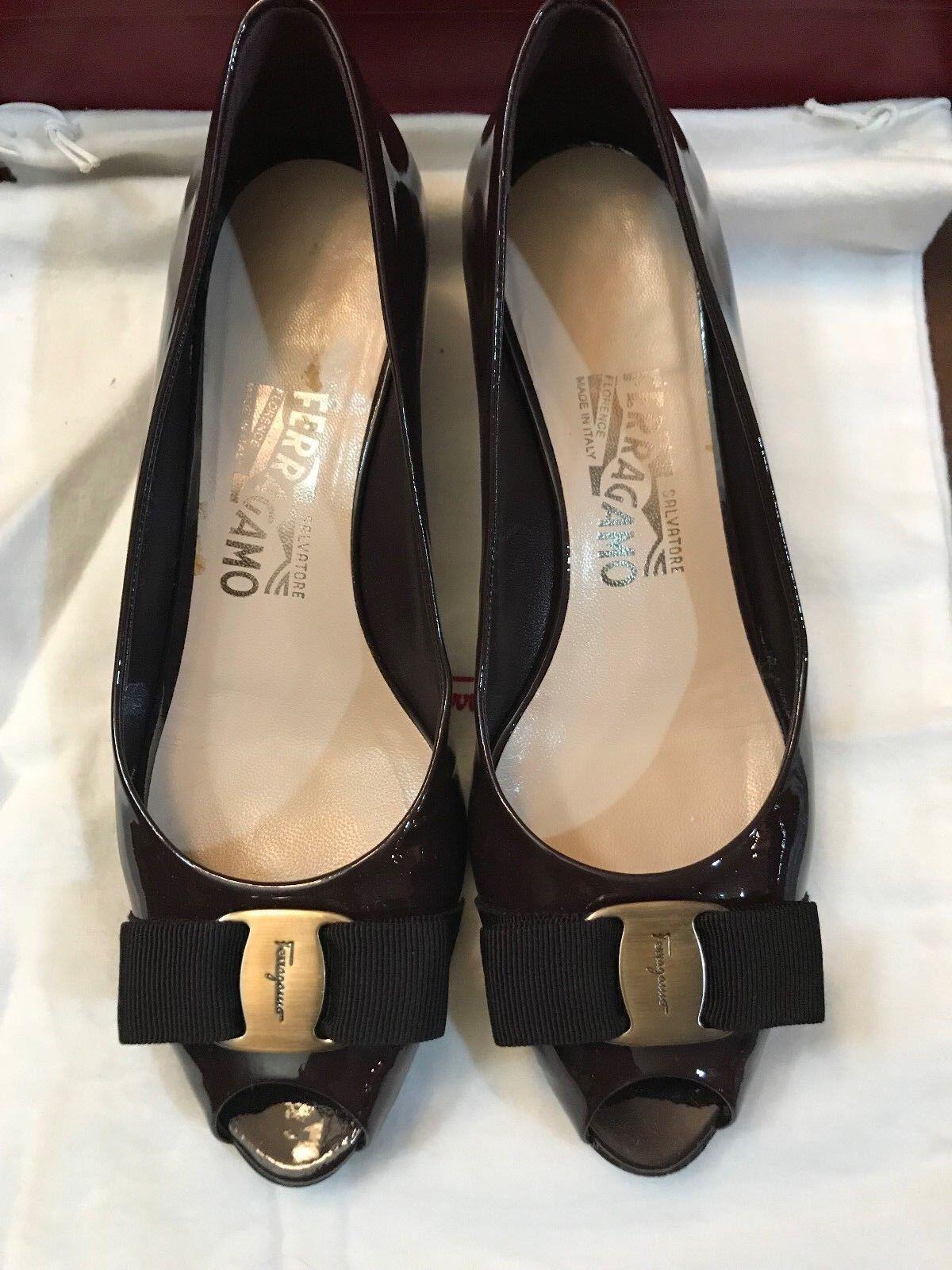 Salvatore ferragamo prune patten leather open toe pump size 7N