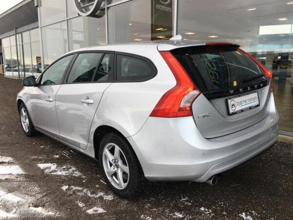 Volvo V60 2,0 D3 150 Kinetic aut. - billede 4