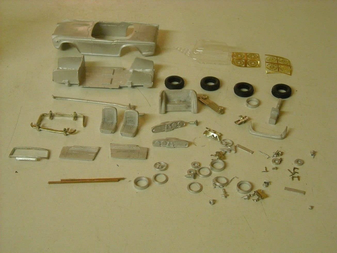 Triumph TR5 1 43rd scale white metal kit  by K & R Replicas