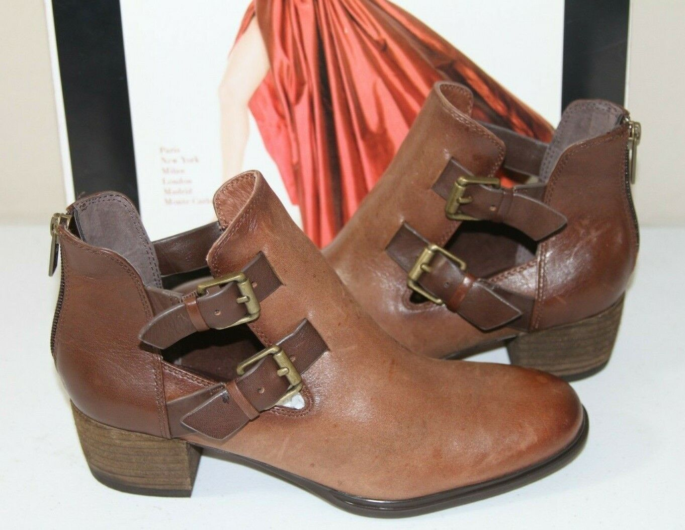 83 ISOLA DARNEL HAVANA BROWN LEATHER ANKLE BOOTS    SZ 6.5  NEW