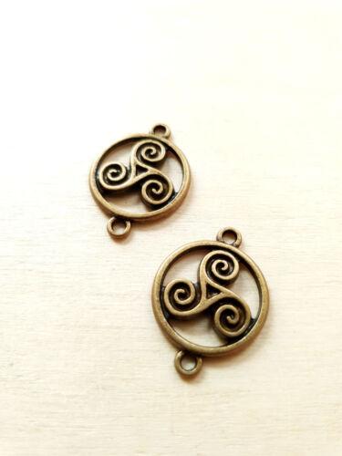 2 x Wunderschöne Triskele Verbinder ♥ Keltischer Schmuck ♥ Deko Charms Bronze
