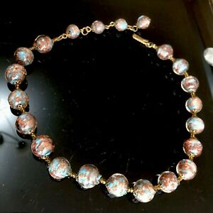 Vintage-Venetian-Blue-Glass-Gold-Foil-22-Bead-40cm-Necklace-Italy-Italian-Murano