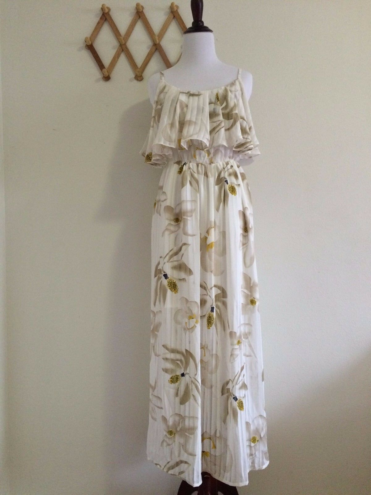 YBE Women's Bohemian style Flounced Maxi Dress Beach SunDress,Size M,NWT