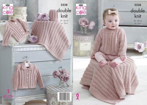 Kingcole 5238 Bébé DK Knitting Pattern 14-22 In-pas les vêtements finis