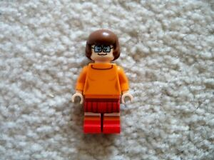 LEGO-Scooby-Doo-Rare-Original-Velma-Dinkley-Minifig-From-75904-Excellent