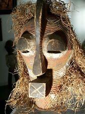 African mask. Masque africain Songye