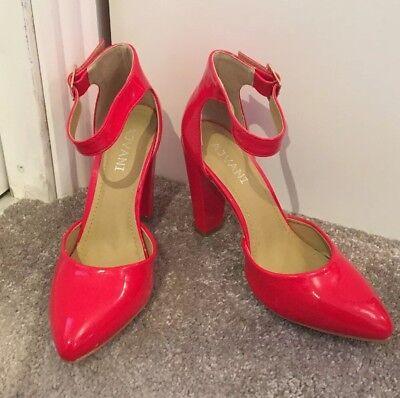 Señoras hermosas Rojo Tacón Zapatos 5 (38) por ajvani usado una vez
