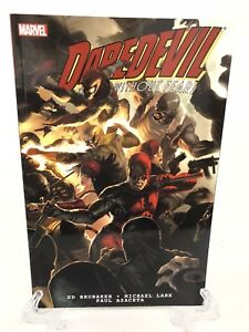 Daredevil-by-Brubaker-amp-Lark-Ultimate-Collection-Book-2-Marvel-Comics-TPB-New