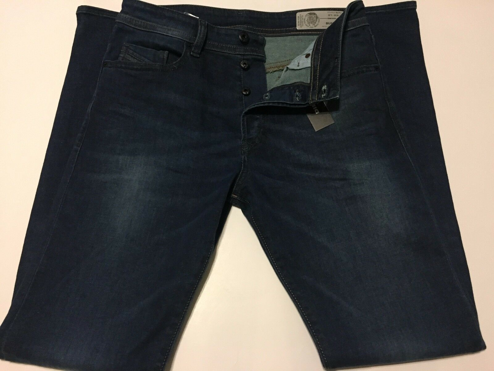NWT Diesel Mens BUSTER SLIM TAPPERED Jeans size  30 x 32  Wash C6791_stretch