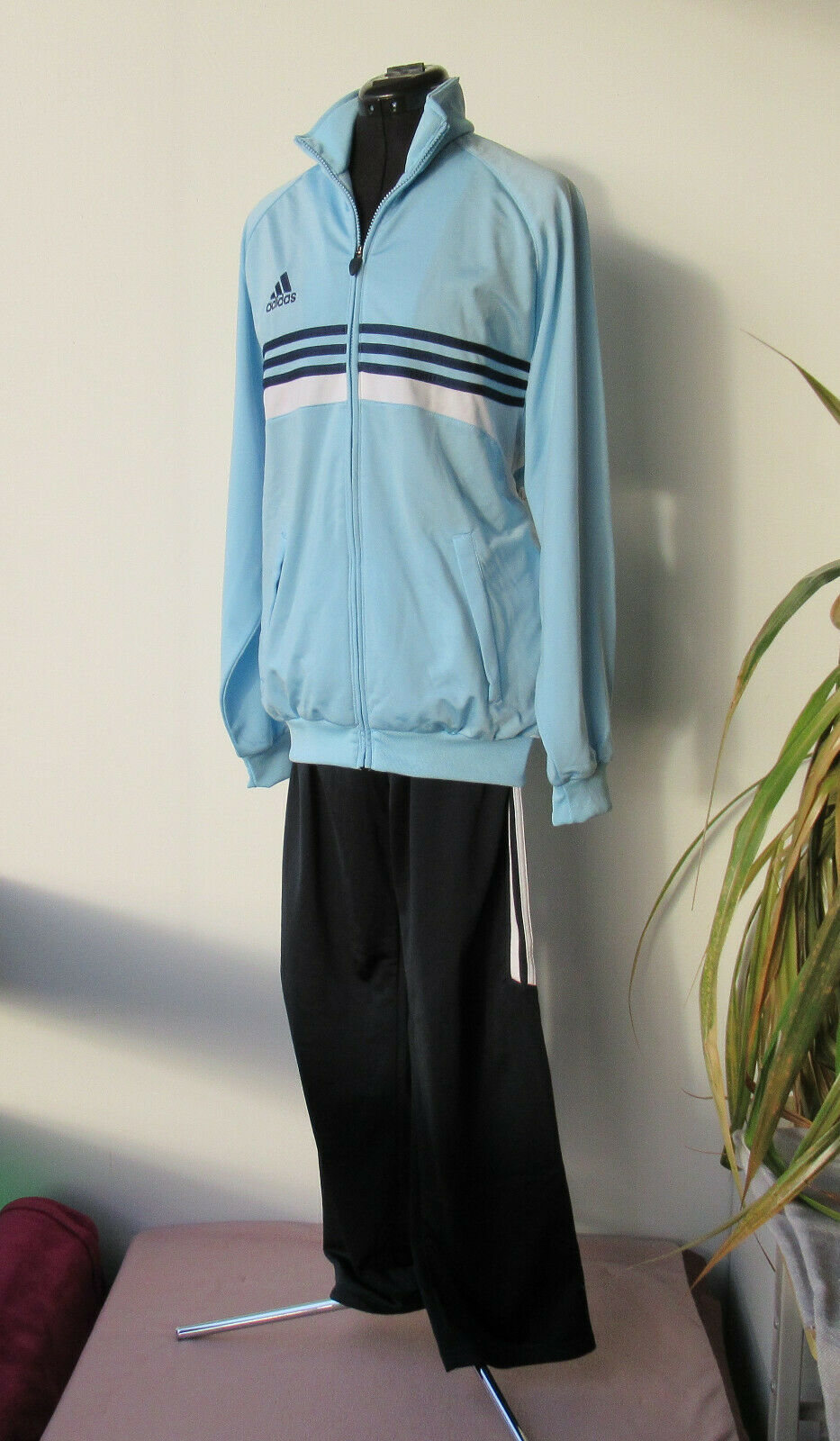 NEU adidas Trainingsanzug Trainingsanzug Trainingsanzug Gr. 48   50 Herren Jogging Sport Fitness Freizeit Lauf 3178ef